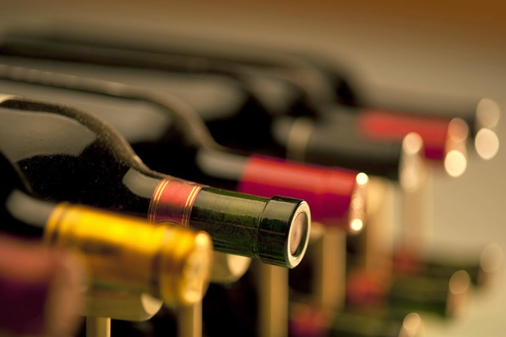 Take a Sip of the Best French Red Wines